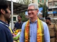 Tim Cook kicks off India tour with Apple facility, Siddhivinayak visit