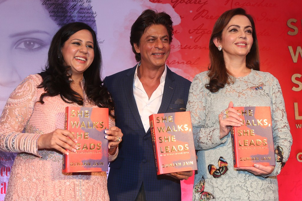 Gunjan Jain Author, Shah Rukh Khan and Nita Ambani at the unveiling of She Walks She Leads