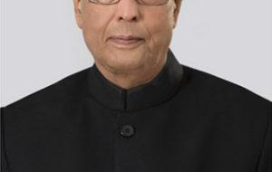 President urges people to help make India cashless society