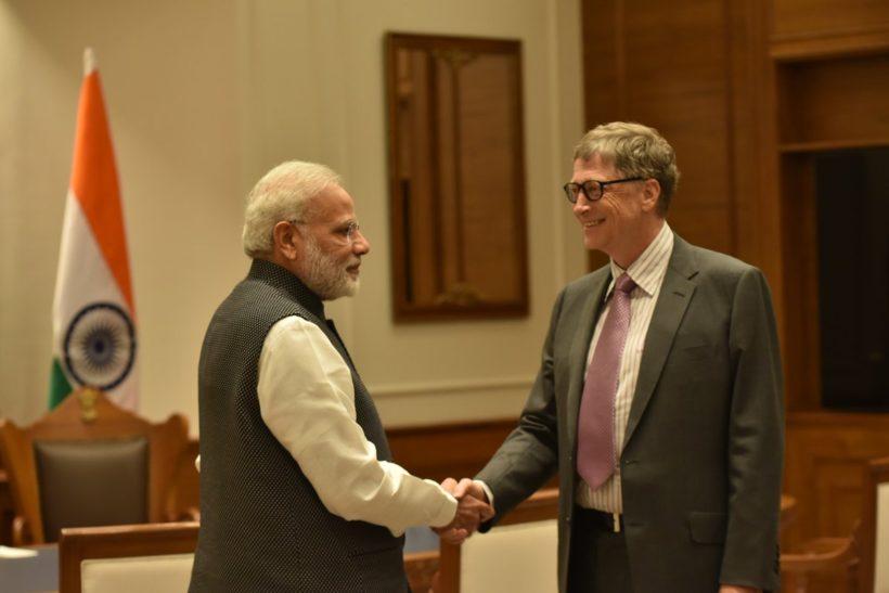 Prime Minister Modi with Bill Gates (Photo: Twitter)
