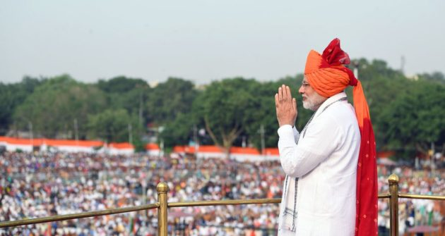 Modi showcases economic achievements in I-Day address
